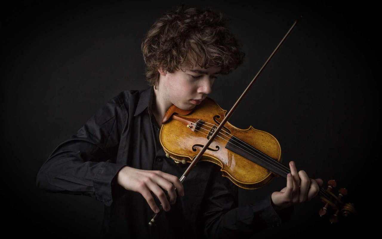 boy_playing_violin_music-wide