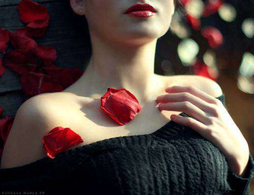 girl-with-rose-lovesove