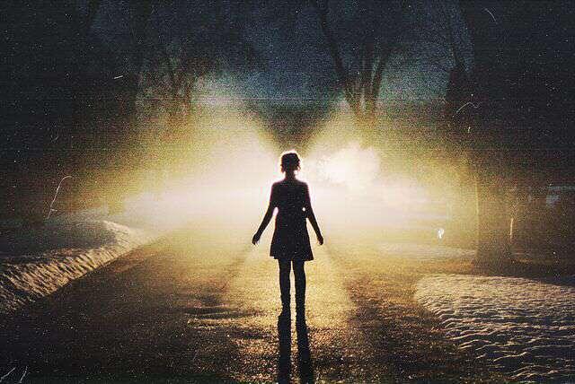 alone-girl-on-dark-road-lovesove