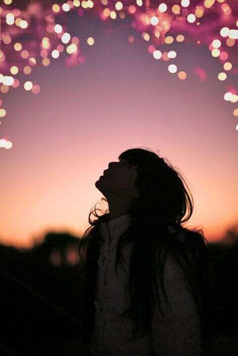 alone-sad-girl-watching-sky-lovesove