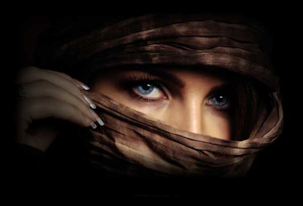 cool-eyes-in-veils-pictures-lovesove