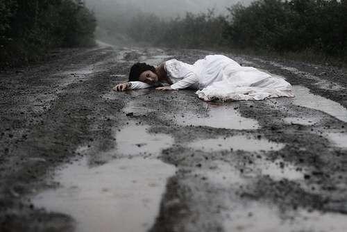 alone-sad-girl-on-rain-road-lovesove