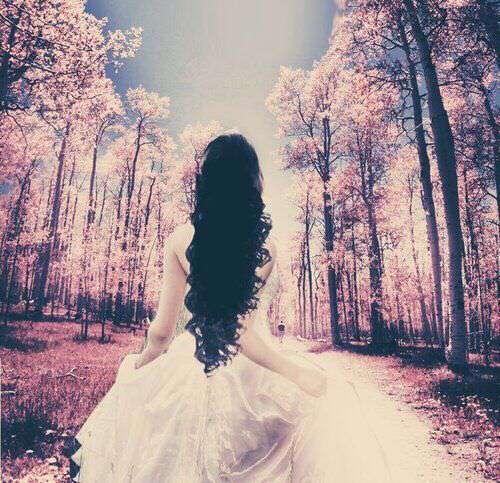sad-girl-princess-trees-lovesove