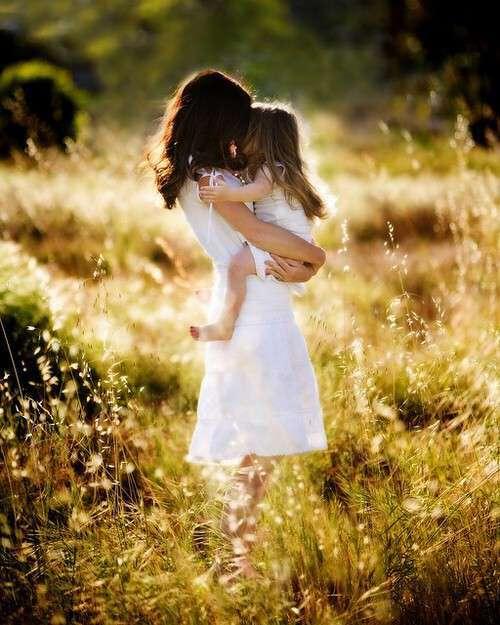 cute-mother-daughter-lovesove