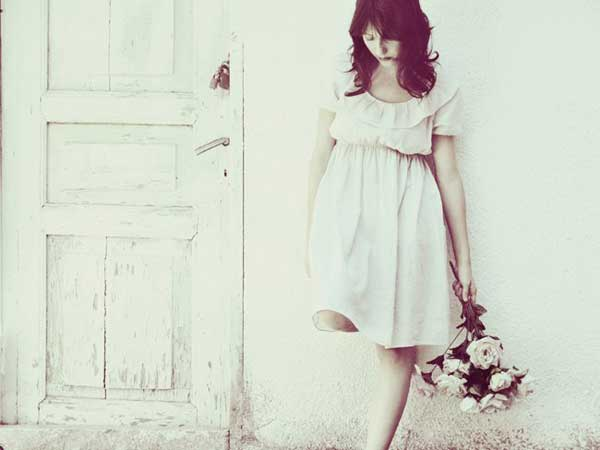 lonely-girls-images-lovesove