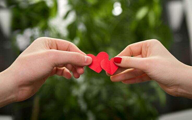 cute-hearts-in-hands-lovesove