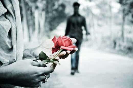 sad-couple-love-red-rose-lovesove