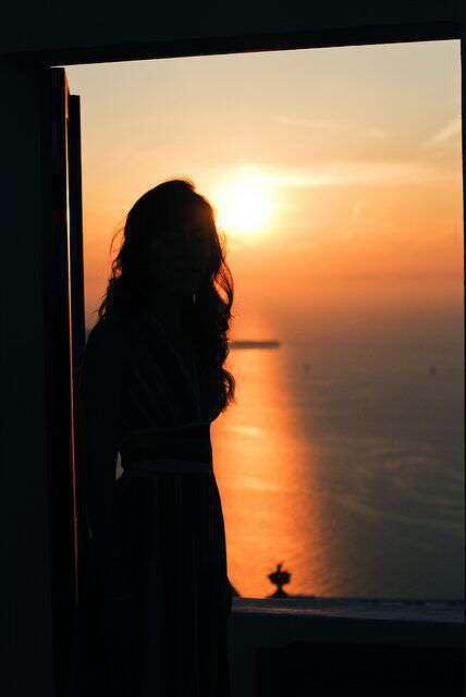 sad-girl-rising-lovesove