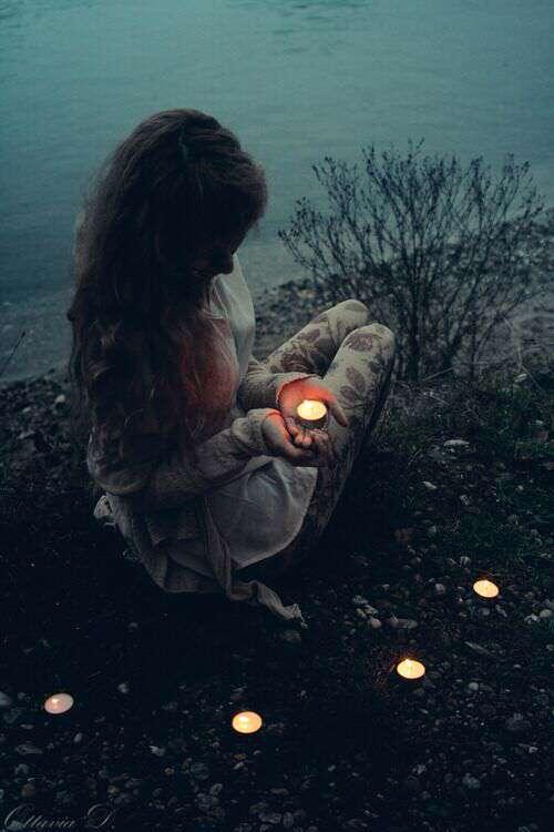 sad-alone-girl-diya-deepak-in-hand-lovesove