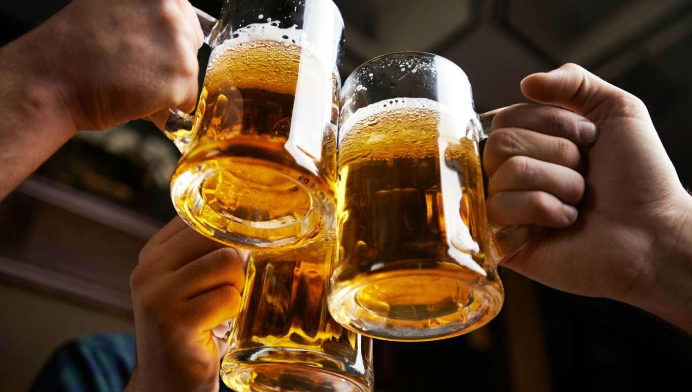 cheers-beer-friends-lovesove