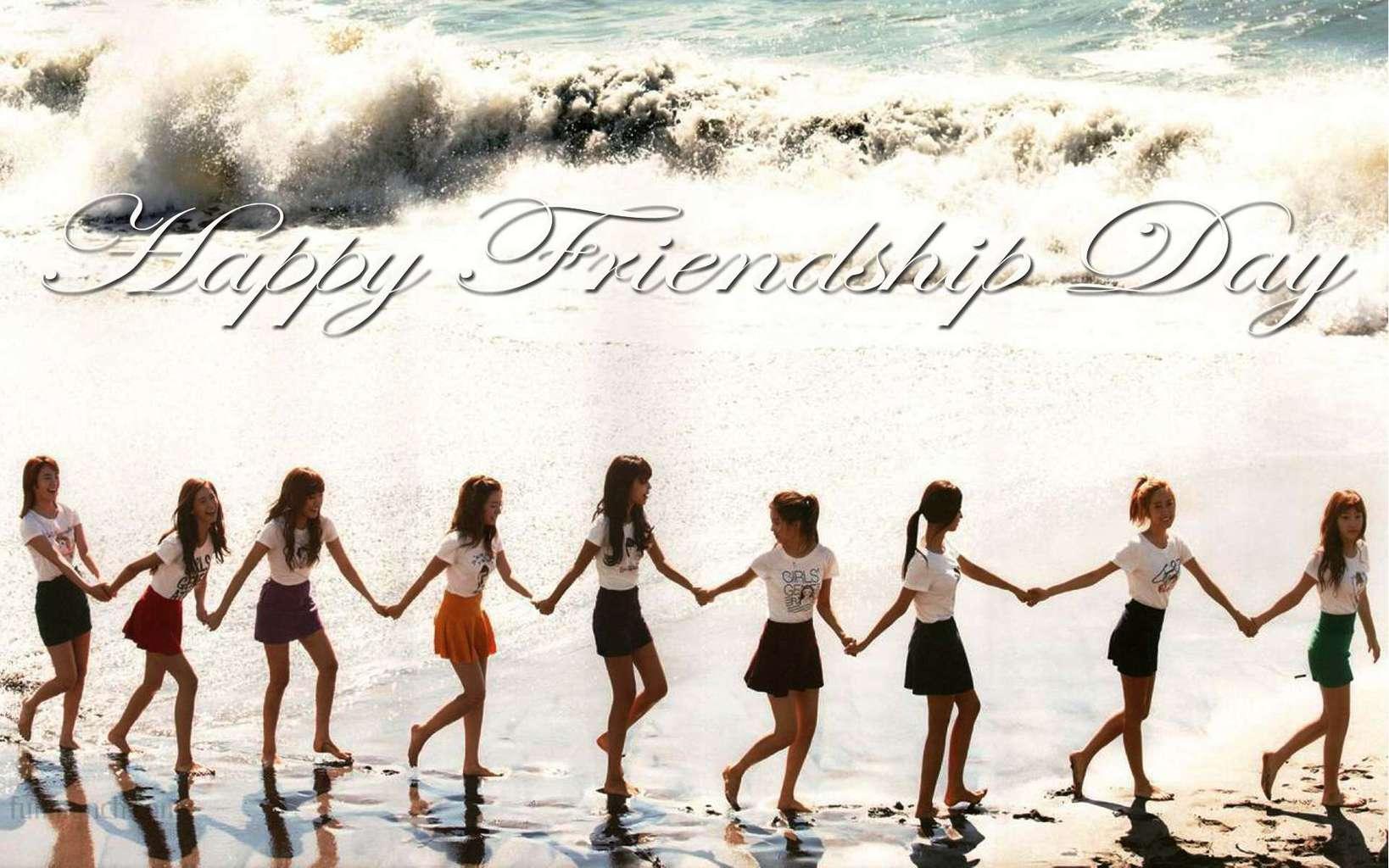 Happy-friendship-day-girls-hands-together1