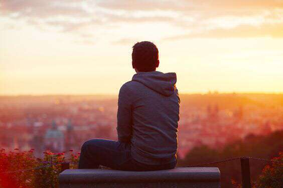 alone-boy-sitting-sunrise-lovesove