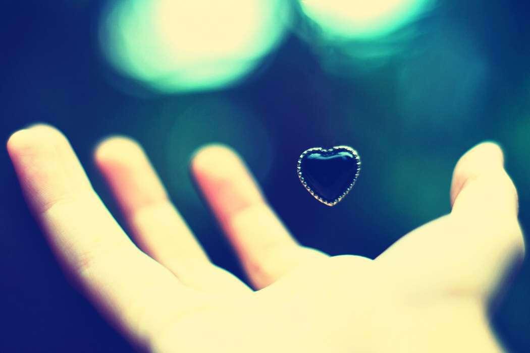 heart-hand-lovesove
