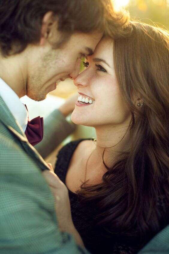 happy-love-couple-smiling-wallpaper-image-lovesove