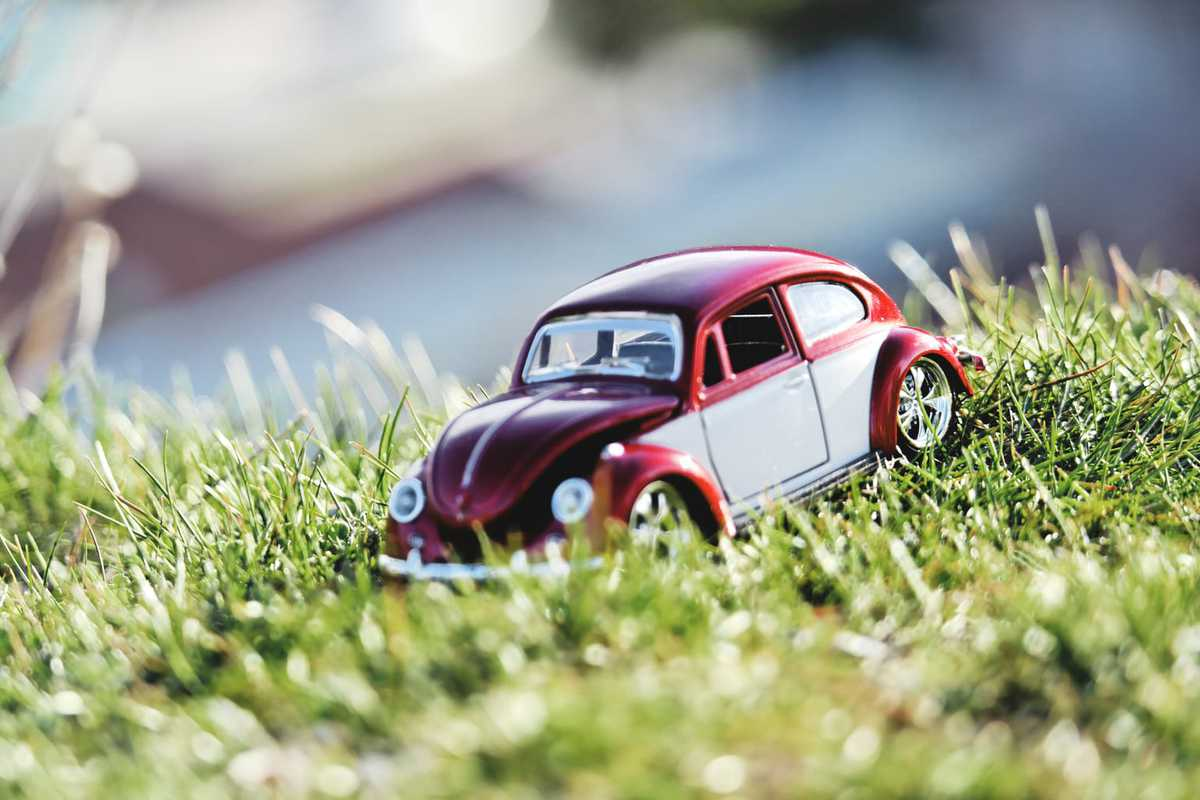 Top 25 Miniature Photography Cars, Scooter Backgrounds Wallpapers, Vintage car Miniature Photography Wallpapers For Facebook, Miniature Photography Images For WhatsApp Status, Car Wallpapers, Scooter Wallpapers, Mini Van Wallpapers, Vintage car Wallpapers, Beautiful Cars Wallpapers & Images