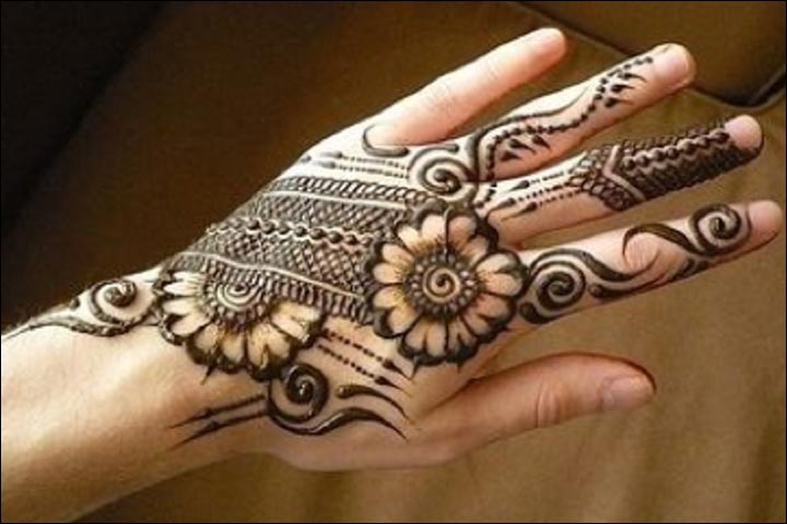 Mehndi Hand Dp, Mehendi Leg Design, Mehndi Wale Wallpaper, Mehndi Ke Design Ki Photo, Mehndi Jaal Design, Mehndi 2020, Mehndi Images Simple, Mehendi Back Hand