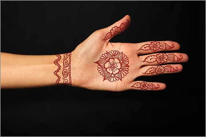 50+ Mesmerising Mehndi Designs For Ceremonies & Wedding, Wedding Mehndi Designs, beautiful red wedding mehndi design