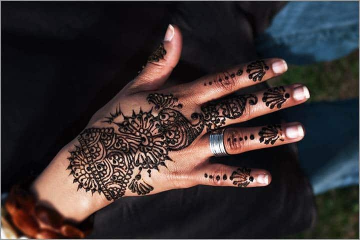 50+ Mesmerising Mehndi Designs For Ceremonies & Wedding, Wedding Mehndi Designs, dotted floral mehndi design