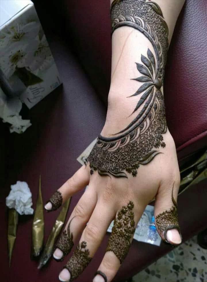 Mehndi Images Photos, Arabic Mehndi Images, Mehndi Art Images, Mehndi Design Easy Images, Mehndi Images Boy, Mehndi Images Bridal