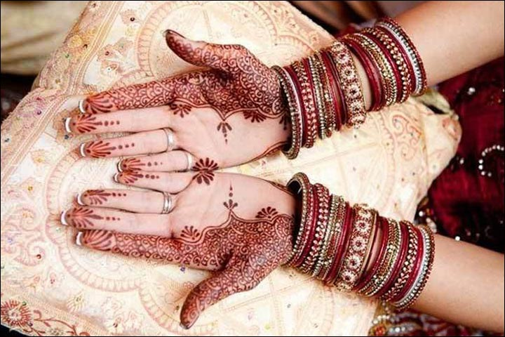 Back Hand Mehndi, Mehndi Ideas, Mehndi Very Easy Design, Mehndi Jewellery Design