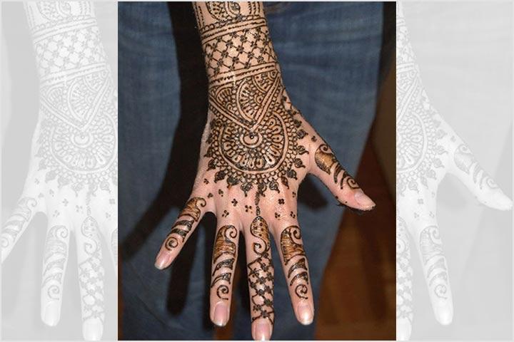 Mehndi Back Hand Design, Mehndi Design Back, Mahendi On Hand, Mehndi Back Design, Fingers Mehndi, Mehndi Images