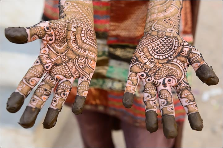Traditional Marwari Mehndi, Traditional Henna Ceremony, Traditional Modern Full Hand Mehndi Design, Traditional Mehndi Designs 2018