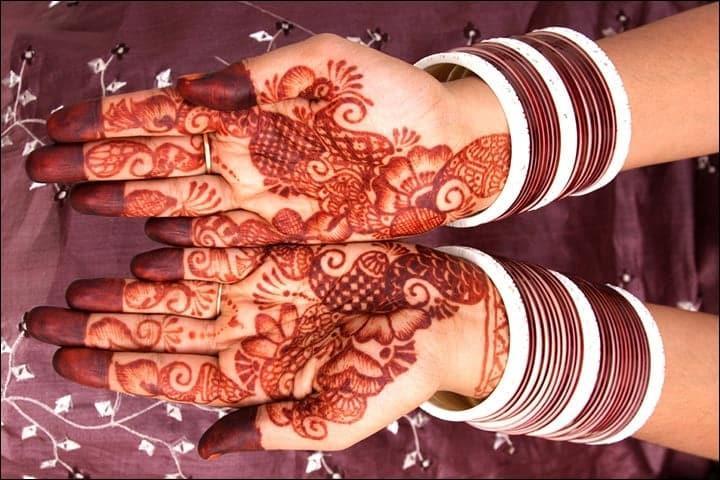 Traditional Mehndi Songs Lyrics, Traditional Egyptian Henna, Traditional Mehndi Designs For Front Hand, Traditional Henna Foot Designs