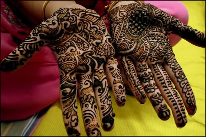 Traditional Henna Cones, Traditional Leg Mehndi Designs, Traditional Mandala Henna Design, Traditional Mehndi And Dholki Songs List With Lyrics