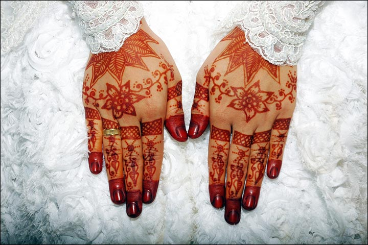 Traditional Bridal Mehndi Designs For Hands, Simple Traditional Mehndi Design Images, Traditional Mehndi Ki Design, Traditional Mehndi For Wedding