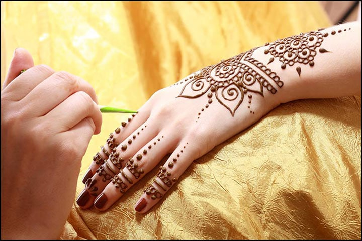 Traditional Latest Mehndi Designs, Traditional Mehndi Bride, Indian Traditional Arabic Mehndi Design, Traditional Henna Mehndi Designs